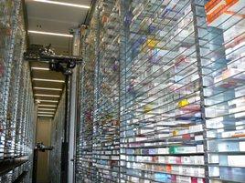 Hochmoderner Kommissionierautomat bei Deutschlands größter VersandapothekeSANICARE - Die Versandapotheke