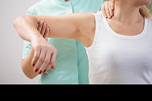 Armschmerzen: Viele Auslöser für ein Symptom