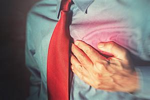 Brustschmerzen: Unangenehm, aber häufig ohne Folgen