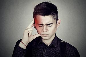 Cluster Kopfschmerzen: Schmerzattacken betreffen häufig Männer
