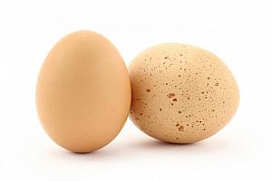 Pigmentflecken: Dunklere oder hellere Haut entsteht in jedem Alter