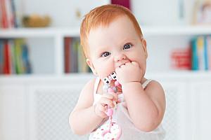 Zahnungsschmerzen – Zahnungshilfe für die ersten Zähne