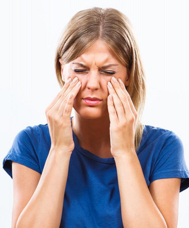 Schmerzen in den Nasennebenhöhlen