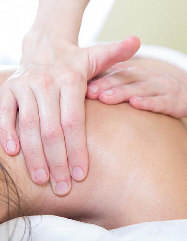 Massagen bei Nackenschmerzen