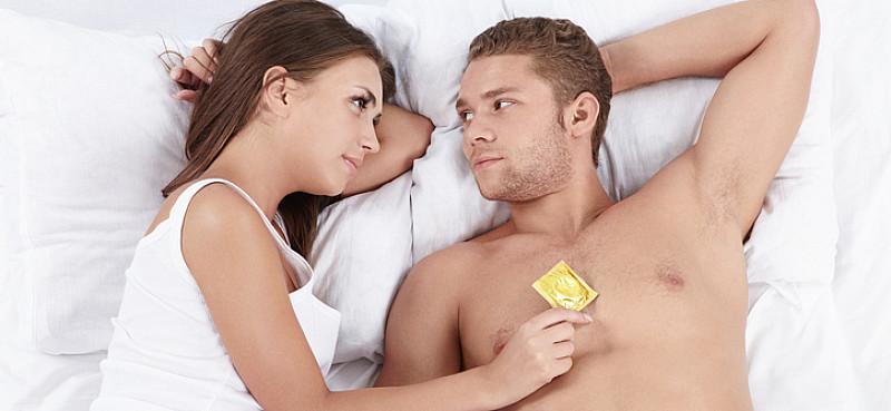 aids verhütung mit kondomen gibt schutz