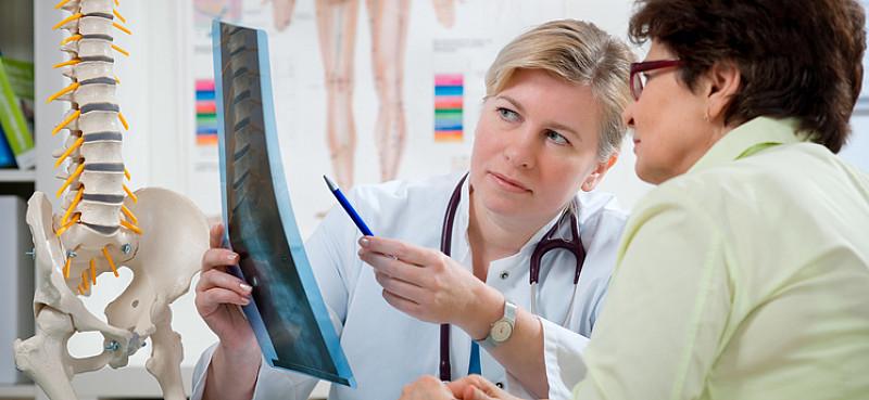 Morbus Bechterew: Therapie, symptome, schmerzfrei