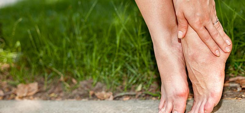 Beinschmerzen: Die häufigsten Ursachen im Überblick