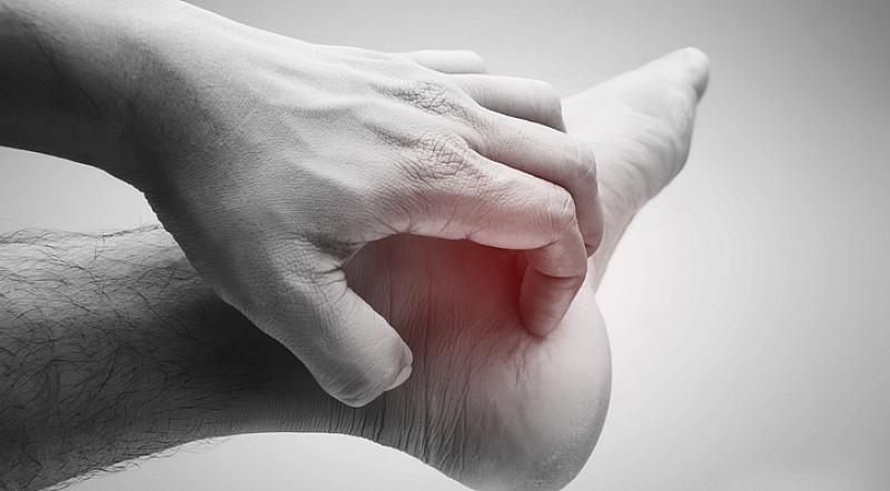 Fußpilz: Ursachen und Behandlungsmethoden